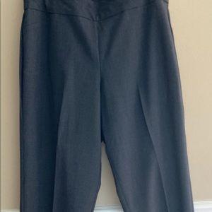 Roz & Ali woman's gray pants